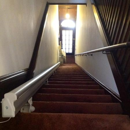 Sterling 1000 Stairlift