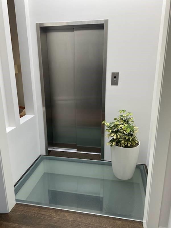 Savaria Home Elevator - Glass floor