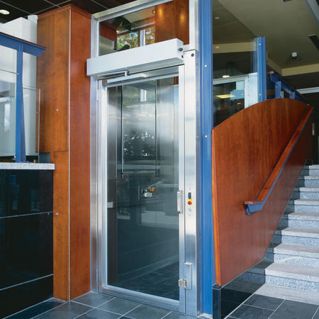 Savaria V1504 Commercial Outdoor Wheelchair Lift