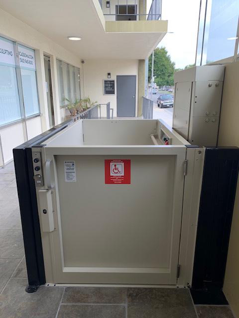 Outdoor Wheelchair Lift - Top
