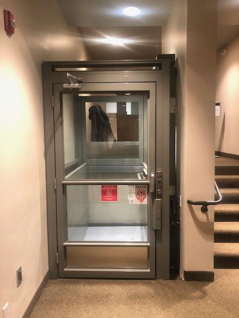 Savaria V1504 Glass Enclosed